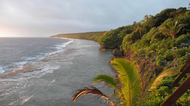 tn_Niue coastline